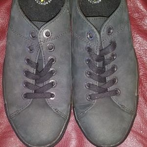 Other - Dr Martens shoes 8 Black suede New boat sneakers